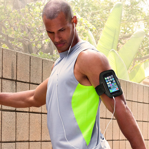 BELKIN SPORT-FIT ARMBAND FOR APPLE IPHONE 5 / IPHONE 5S / IPHONE SE / IPHONE 5C - BLACKTOP AND OVERCAST