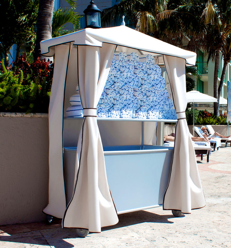 UM-TWV - Towel Valet With Decorative Curtains-0